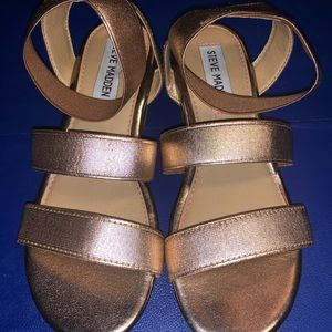 Steve Madden girls sandals